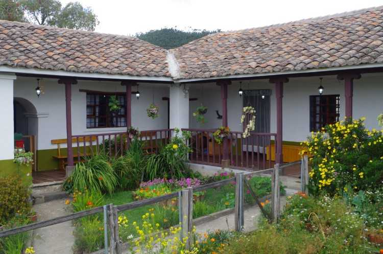 HISTORIC RAMMED-EARTH FARMHOUSE & NEW 2-STOREY ADOBE HOUSE WITH ORGANIC GARDENS/ORCHARDS - 1 HR. TO QUITO/20 MINS. TO INTERNATIONAL AIRPORT - $440,000